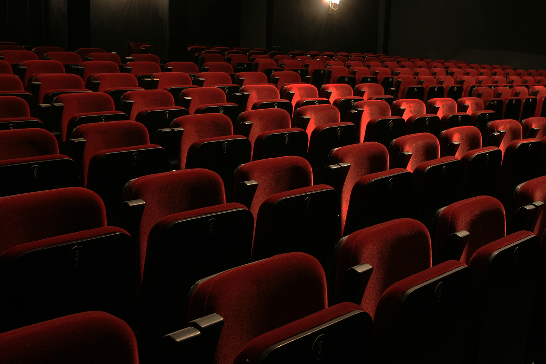Мдт театр европы афиша на сентябрь театр молот пермь официальный сайт афиша на